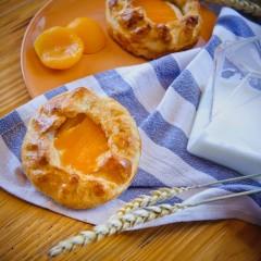 Даниш с творогом и абрикосом