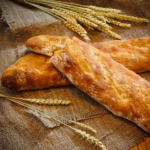 Хлеб, багеты, хлебцы