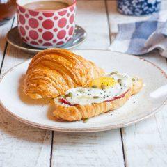 Завтрак на круассане