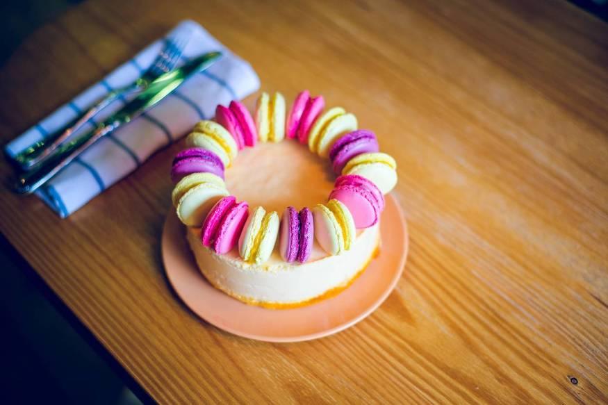 """Пример оформления торта """"Облепиховый мусс"""""""