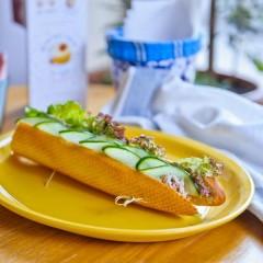Сэндвич с тунцом на французском багете
