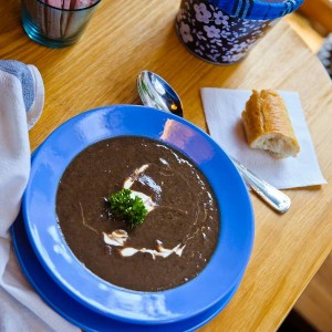 Суп чечевичный с грибами