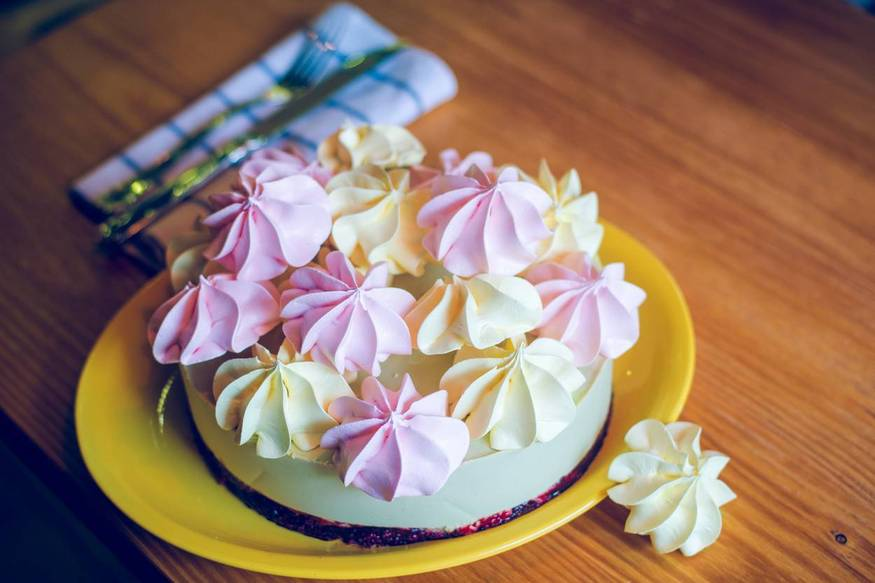 """Пример оформления торта """"Зеленый чай"""""""