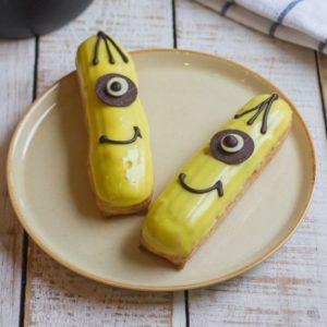Эклер Миньон с бананом